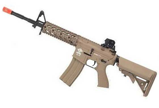 TR-16 RAIDER TAN CQB FULL METAL G&G (Cod.GG21TM)